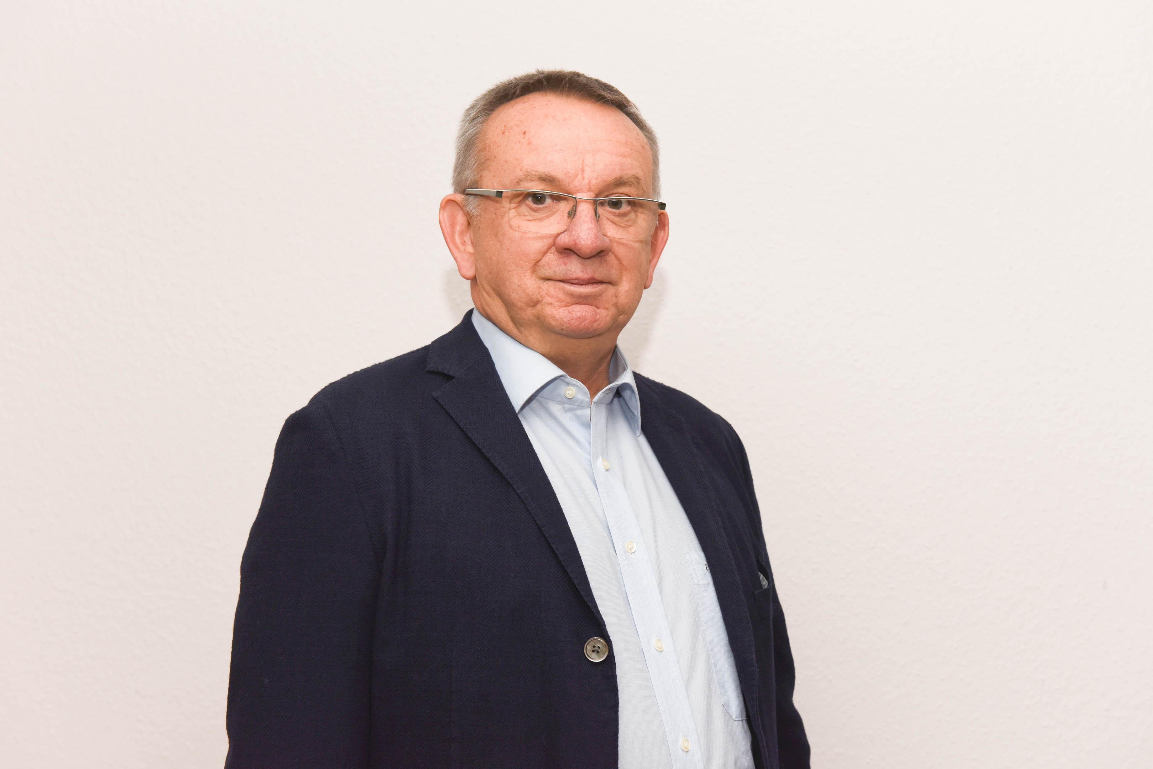 Kreuzer, Reinhard (Vorsitzender)